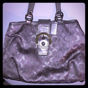 Coach silver/grey signature purse!